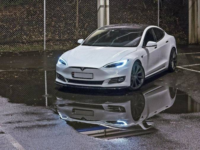 Dokładki progów Maxton Tesla Model S Polift (czarny połysk)
